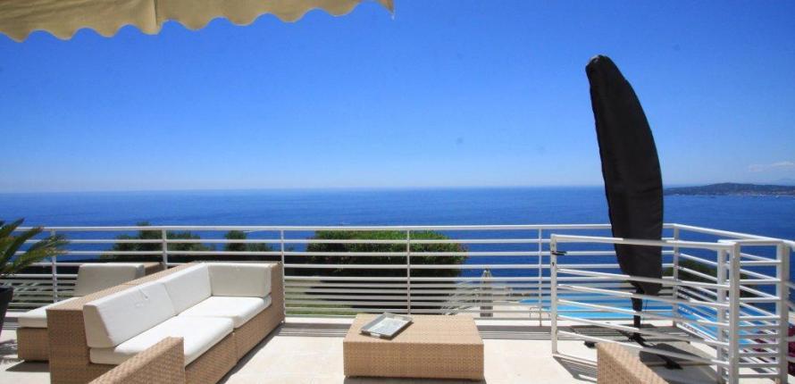 Вилла с панорамным видом на море и полуостров кап ферра