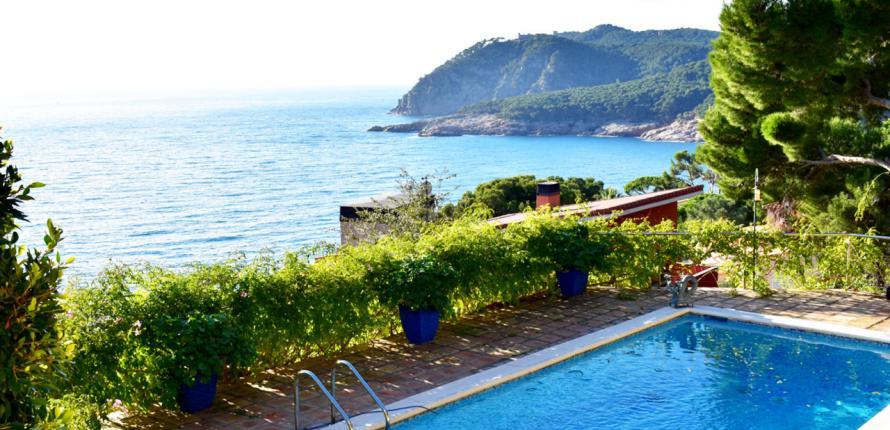 Для любителей Средиземноморья; море у ваших ног